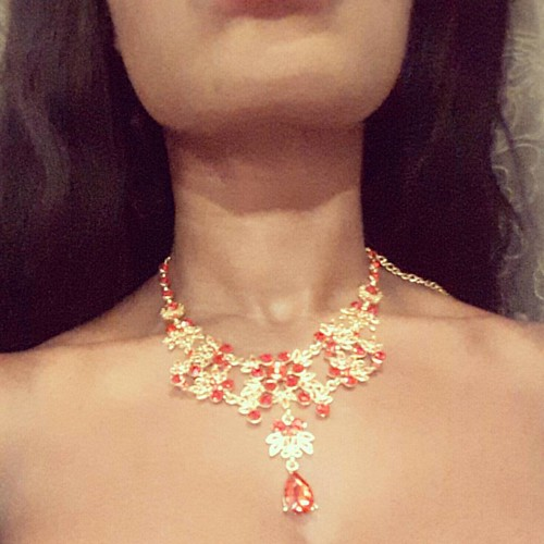 One of my favorite #necklace ❤❤❤❤ For the days you wabt to feel like a #Queen ☺☺ #jewelry #jewlerylover #jewlerypieces #jewellery #neck