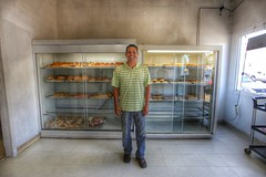 Rene, a baker at a panaderia in Oxnard CA (lizcnyc1) Tags: panaderia oxnard mexicanbakery