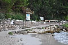 DSC_0201 (L.Karnas) Tags: sea beach strand island islands spain mediterranean playa menorca cala spanien minorca balearic inseln mittelmeer galdana balearische