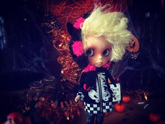 7 days to #🎃 #👻 #HalloweenParty!!! #HappyFriday y'all!!! #love #blythe #customblythe #doll #ブライス #カスタムブライス #人形  #toys4life
