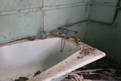 Amiantos Mine Abandoned House (Ioannis Ioannou Photography) Tags: bathtub mine troodos bathroom cyprus abandoned amiantos mining urbanexploration bath shower plumbing photography head ioannisioannouphotography asbestos pipes deserted lefkosia urbex limassol