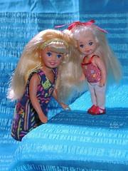 Kelly&Stacie (Azure_sea) Tags: stacie kelly kellydoll staciedoll sistersofbarbie littlestsisterofbarbie