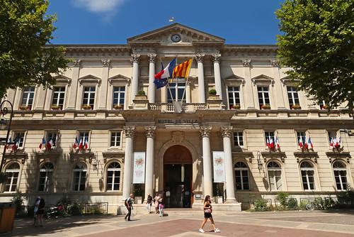 Thumbnail from Hôtel de Ville