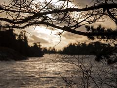 Porkkala (Jukka Tikanoja) Tags: meri syksy ranta niemi aurinko taivas vastavalo porkkala