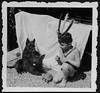 Archiv K343 Hobbyindianer mit Hunden und Schildkröte, 1950er (Hans-Michael Tappen) Tags: archivhansmichaeltappen indianerspiel junge boy hunde dogs zelt barfus barefoot schildkröte 1950er 1950s kopfschmuck fotorahmen outdoor