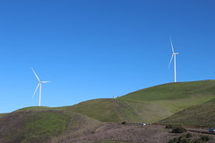 Livermore2017-IMG_6385 (aaron_anderer) Tags: windmill vasco livermore hills windpower