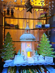 bakery (ekelly80) Tags: austria salzburg december2016 christmas bakery marzipan window house marzipanhouse decorations light cute christmasdecorations cozy christmastrees treats