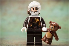 The Softer Side of Dengar. #LEGO #STARWARS (Alan Rappa) Tags: afol bountyhunter dengar lego legominifigures legophotography minifigs minifigures sonya6300 starwars thefreemakeradventures tweetme