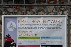 Bikes how they work (Benny Hünersen) Tags: mountain holiday sign work bikes greece biking they how griechenland skilt ferie sivota schildt syvota 2015 augsut grækenland