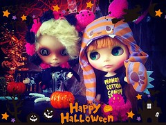 #🎃 #👻 TREATS PLEASE!!! #HappyFriday y'all!!! ☠☠ #love #blythe #customblythe #doll #ブライス #カスタムブライス #人形  #toys4life #halloweenfun