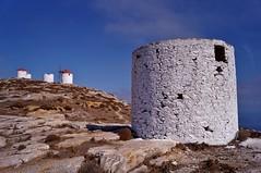 Amorgos - Chora - moulins 1 (luco*) Tags: windmill moulin greece grèce chora cyclades amorgos kyklades hellada flickraward flickraward5 flickrawardgallery