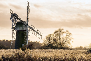 Turf Fen windmill, How Hill, Norfolk, UK (6)