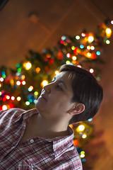 Mom (Jean Jahsen) Tags: portrait christmas lights bokeh indoor family depth field profundidad de campo retrato