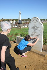 visiting ancestor - Michael O'Dea_9352 (gervo1865_2 - LJ Gervasoni) Tags: visiting ancestor michael odea tower hill cemetery 2016 kpc amg ckg south west victoria australia photographerljgervasoni