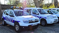 Police Paris  - Brigade Fluviale (Arthur Lombard) Tags: police policedepartment policecar policestation paris france emergency 4x4 dacia daciaduster citroën citroënberlingo led gyrophare gyroled lightbar blue white 911 999 112 17 renault nikon nikond7200