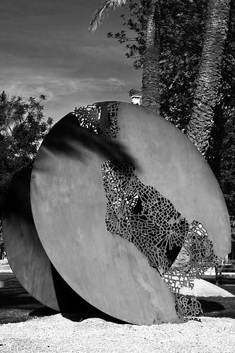 'Bornes célestes' / Hassan Darsi