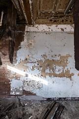 (Stevelb123) Tags: abandoned abandonedexploration abandonedhospital abandonedpsychiatrichospital urbex urbanexploration urbanexplorer urbandecay decrepit decay fuji fujifilm fujixseries fujixpro2 psychiatric psychiatrichospital hospital kirkbrideplan kirkbride