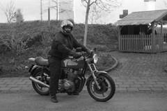 Let's Go (Arne Kuilman) Tags: kerst 2016 nederland netherlands trix iso400 f100 nikon 50mm 50mmf14 film scan kodak d76 homedeveloped v600 limburg blackandwhite laverda laverda1000 driving rijden motorcycle motorbike motorfiets motor italian nakedbike