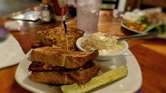 Three Rivers Brewery, Farmington, NM (Isa T_B.) Tags: usa newmexico farmington threeriversbrewery restaurant food foodie 3rbreuben reubensandwich