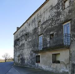 VALVERALLA - FACHADA (Joan Biarnés) Tags: valveralla altempordà façana fachada diagonal 214 panasonicfz1000