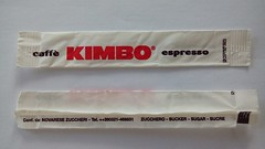 Kimbo 02 (periglycophile) Tags: périglycophilie sucrology sugar packet sucre stick bûchette italie italy kimbo