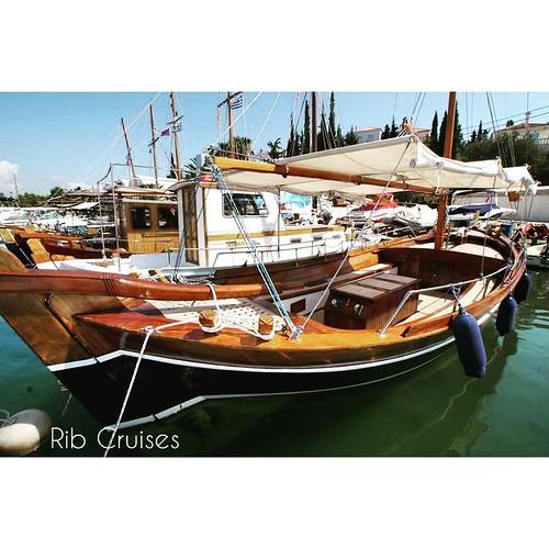 Vintage boat in the harbour😀😀 #rentaboat #ribcruises #boat #summer #sea