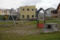 Vard house (lumofisk) Tags: house building playground norway norge europa europe north norden norwegen haus maison gebude fassade spielplatz 86mm 0mmf0 nikondf