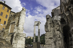 Teatro di Marcello (nick88msn) Tags: street italien sunset sky italy cloud rome roma history architecture geotagged teatro ancient ruins europa europe long italia theatre strasse sony 28mm ruin stadt f2 marcello rom coordinates a7 position lat gettyimages distant teatrodimarcello rovine 2015 widelens 5photosaday sonya7 ilce7 marcellostheatre