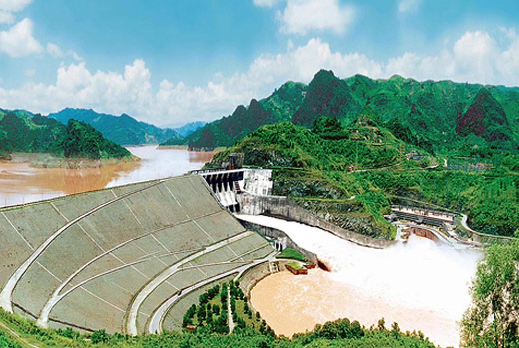 Đập thủy điện Hòa Bình