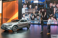 Mercedes-Benz presentation of latest technology (885531) (Thomas Becker) Tags: mercedesbenz mercedes benz daimler presentation prsentation vorfhrung festhalle technology technologie publikum gla iaa2015 iaa 2015 66 internationale automobilausstellung ausstellung motor show mobilitt verbindet frankfurt hessen deutschland germany messe fair exhibition automobil automobile car voiture bil auto fahrzeug vehicle  c copyright thomas becker aviationphoto nikon d800 fx nikkor 2470 f28 geotagged geo:lat=50112013 geo:lon=8643569 worldcars