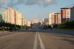 In the middle of... Pyongyang (bvoneche) Tags: kp pyongyang coredunord