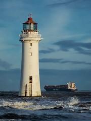 Wirrel Photography workshop (1 of 35) (andyyoung37) Tags: sea seaside waves bluesky lighhouse newbrighton perchrocklighthouse