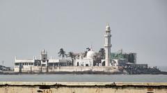 Haji Ali mosque I (Franois aka Tweek) Tags: india building architecture mosque mumbai