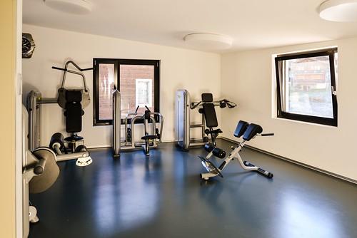Fitness und Hallenbad