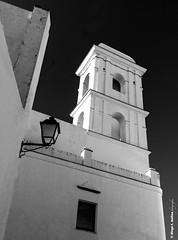 Calle Ancha (moligardf) Tags: smartphone calles rincones exploración urbana conildelafrontera iglesias torres