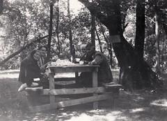 In the Park at Morden (Beedle Um Bum) Tags: canada susan manitoba jc cornelius morden annaelias