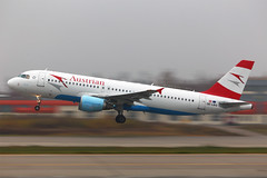 Austrian (Oleg Botov) Tags: sky plane airport aircraft aviation airbus spotting dme airliners austrian avia  planespotting    domodedovo avgeek  uudd planeporn  crewlife slavniyoleg