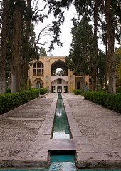 shotor galou-e-shah abbasi in fin garden, Isfahan Province, Kashan, Iran (Eric Lafforgue) Tags: travel building tree tourism water fountain pool vertical architecture garden outdoors persian iran turquoise middleeast nobody nopeople landmark courtyard artificial unescoworldheritagesite pavilion iranian geography kashan geographic islamicarchitecture persiangulfstates fingarden watercanal cedartrees   16735 colourimage  iro isfahanprovince  baghefin westernasia  solomonspring bagdefin historicwalledgarden shotorgaloueshahabbasi thehsoleymaniehspring