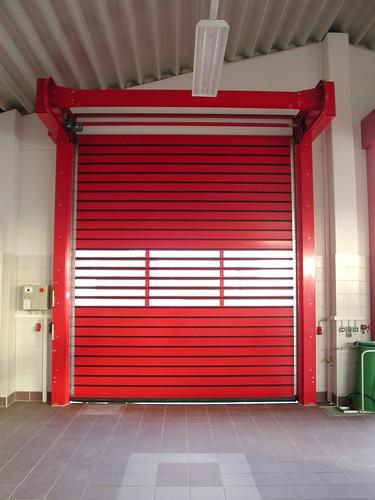 Скоростные ворота для пожарной части .  Hi speed doors. Efaflex.  Швидкісні ворота для пожежної частини. EPSN0015