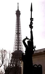2016-12-24 (Giåm) Tags: paris eiffel toureiffel eiffeltower eiffeltårnet eiffeltornet eiffelturm palaisdetokyo iledefrance france frankreich frankrike frankrig giåm guillaumebavière