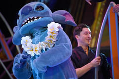 Stitch in Mickey and the Magical Map in Disneyland (GMLSKIS) Tags: disney california amusementpark anaheim disneyland mickeyandthemagicalmap stitch