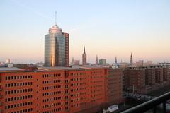 Hamburg Skyline (ivlys) Tags: allemagne deutschland germany hamburg hansestadt hanseaticcity stadt city blick view abendlicht eveninglight sonnenuntergang sunset ivlys