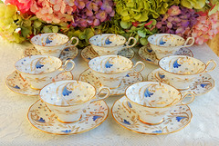 Vintage Grosvenor English Porcelain Cups & Saucers ~ Royce ~ Gold (Donna's Collectables) Tags: vintage grosvenor english porcelain cups saucers ~ royce gold