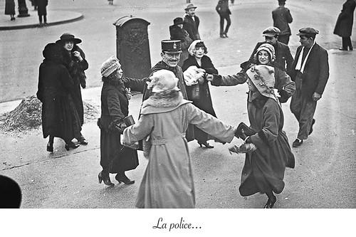 03-Carte postale // 10x15cm // La police