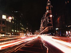 City lights (Rob Pearson-Wright) Tags: london harrods uk shotoniphone7 iphone mobilephotography slowshutter lighttrails street streetphotography night lights