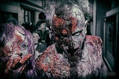 Zombiewalk (Thorsten Hansen) Tags: film umbrella germany deutschland zombie horror düsseldorf allemagne residentevil 2015 walkingdead zombiewalk gruseln untote düsshelldorf