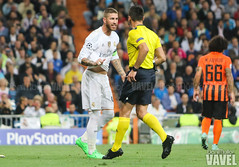 UEFA Champions League: Real Madrid vs Shakhtar Donetsk (VAVEL Espaa (www.vavel.com)) Tags: realmadrid uefachampionsleague santiagobernabeu estadiosantiagobernabeu sergioramos realmadridcf shakhtar donestk realmadridvavel temporada20152016