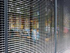 Raster (MJ Klaver) Tags: reflection window glass lines grid glas raam raster week5 curvesandlines s120 canonpowershots120 anderskijken powershots120 52wekenanderskijken