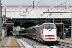Frecciabianca_RhoFieraExpo_09maggio2015 (treni_e_dintorni) Tags: train expo stazione trenitalia züge treni etr500 e414 frecciabianca treniedintorni traintoexpo
