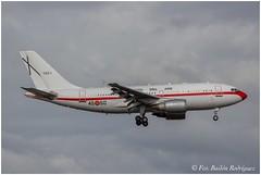 Spain Air Force Airbus A310-304 T.22-1 (Frabairod) Tags: españa canon airport spain airbus mallorca palma aeropuerto spotting majorca pmi a310 spotter 600d ejércitodelaire lepa sonsantjoan t221 spainairforce